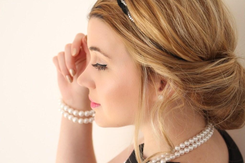 alt-coiffure-élégance-chignon-lady-heavenly