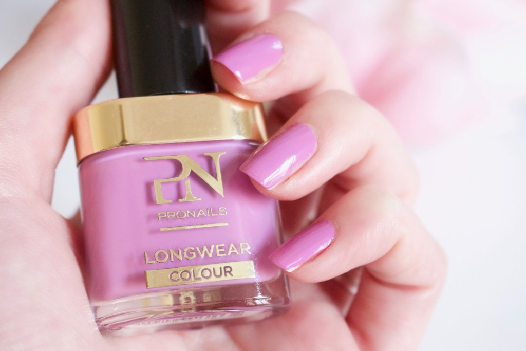 alt-lady-heavenly-vernis-pronails-longwear-couleur-rose-violetalt-lady-heavenly-vernis-pronails-longwear-couleur-rose-violet