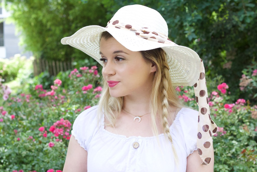 alt-lady-heavenly-chapeau-de-paille-look