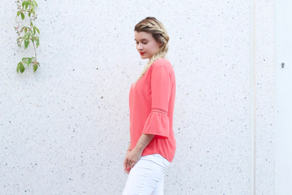alt-look-lady-heavenly-pantalon-blanc-chemisier-corail