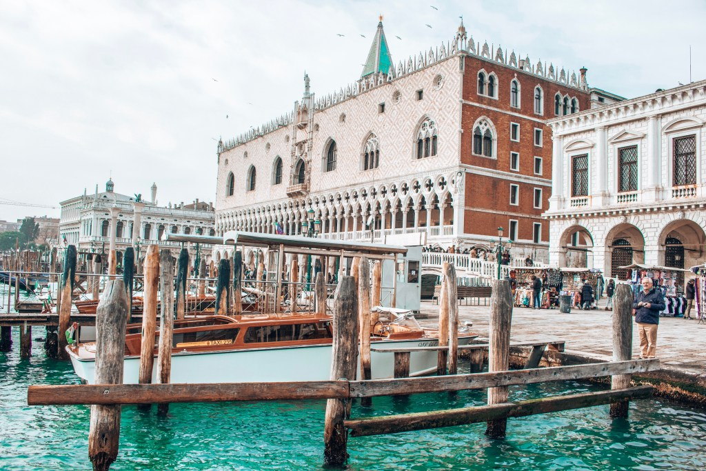 alt-week-end-venise-lady-heavenly-travel-blogger