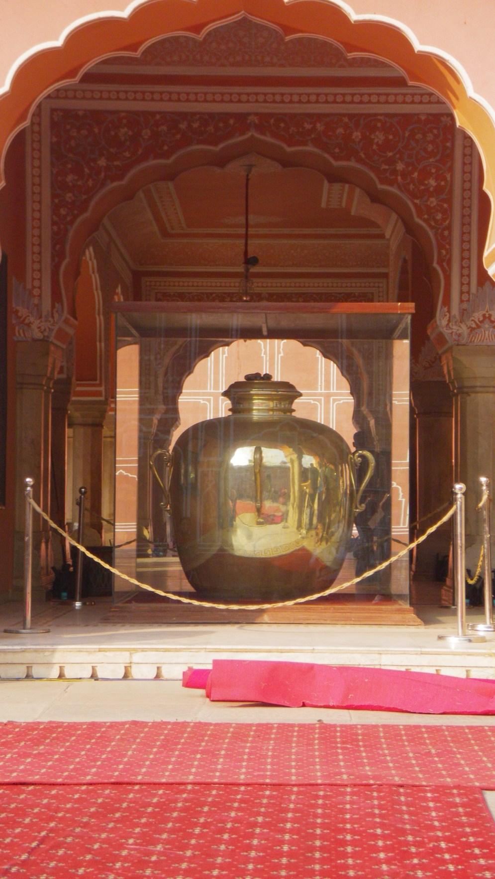 India 1565