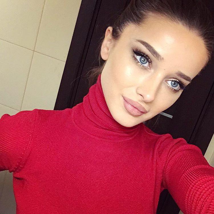 Makeup In Red Dress Makewalls