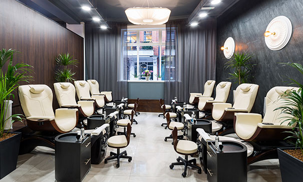 best pedicure chairs reviews plastic chair covers online india 2019 choose the spa ladylife as a rule nail artists changing their workplaces several times day prefer on wheels to be able transport it another place if necessary