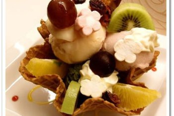 台北大安 》食記:SORRISO莎里莎義大利冰淇淋/咖啡/甜點。超濃郁的抹茶拿鐵和健康自然的義大利冰淇淋 ~ 女孩兒的夢幻下午茶