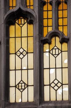 12-yellow-window