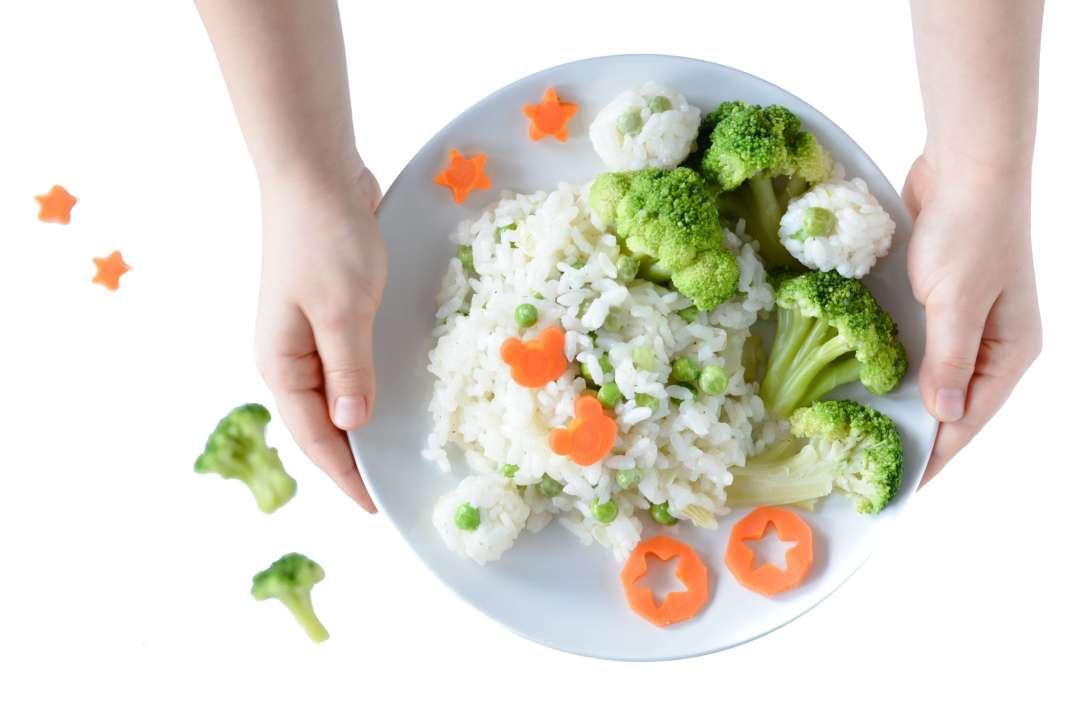 ryż z warzywami dla dzieci