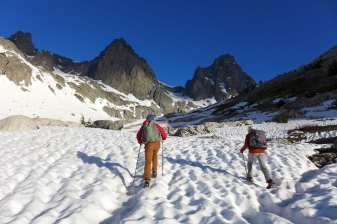 Looking up at our destination, the saddle between Ritter and Banner