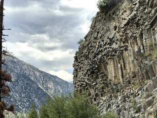 Looks like Devils Postpile at Red's Meadows - Coming down Devil's Staircase