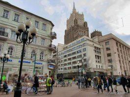 Belanja Souvenir Murah di Moscow