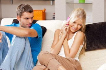Here are signs that your man is jealous but hiding it! 9