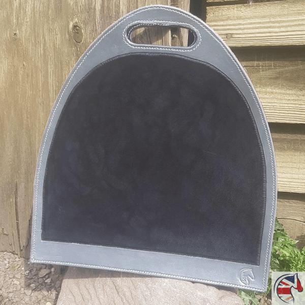 Stirrup Bag