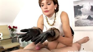 Site Member Milked In Leather Gloves