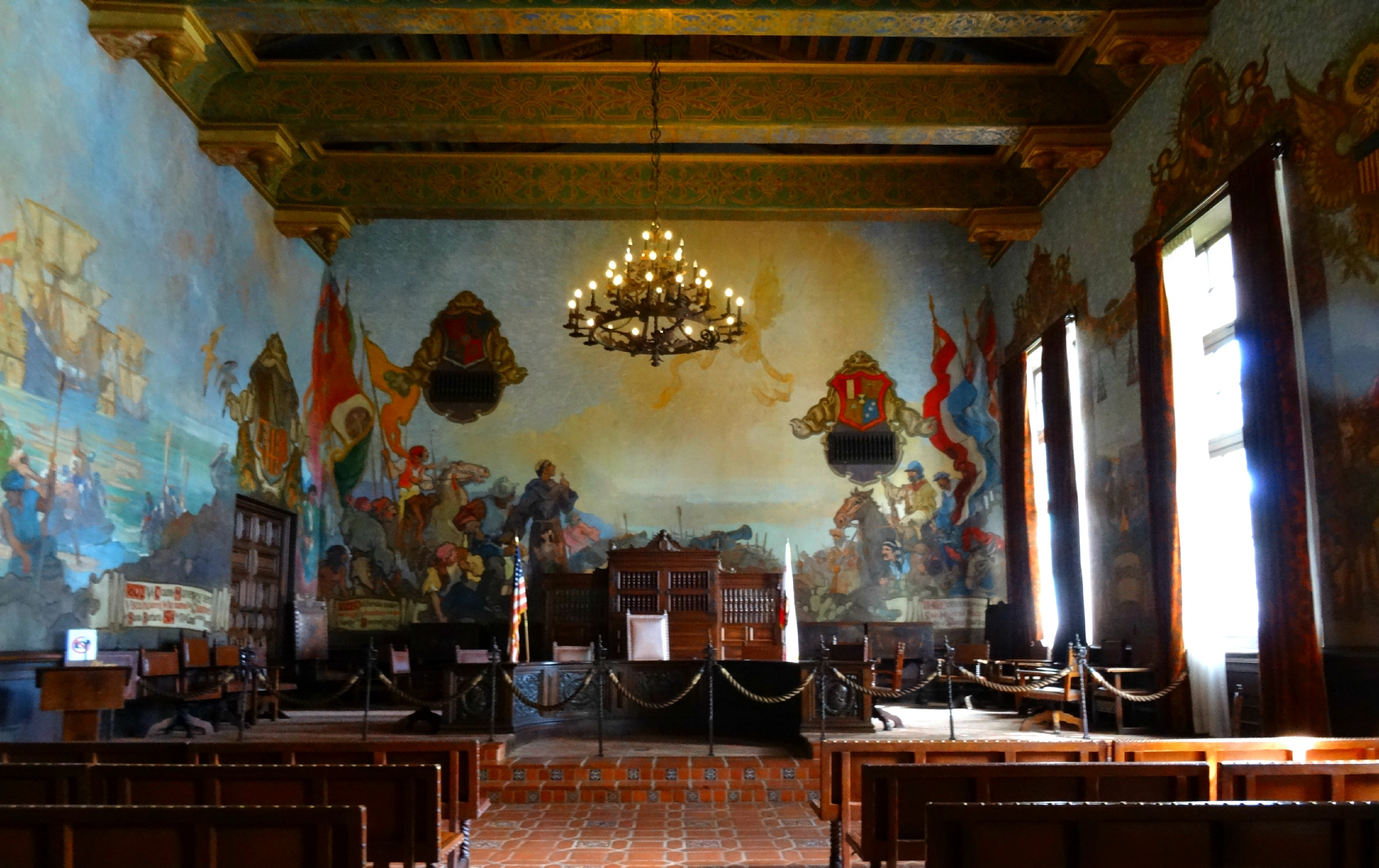 La dolce vita in santa barbara the world as i see it for Mural room santa barbara courthouse