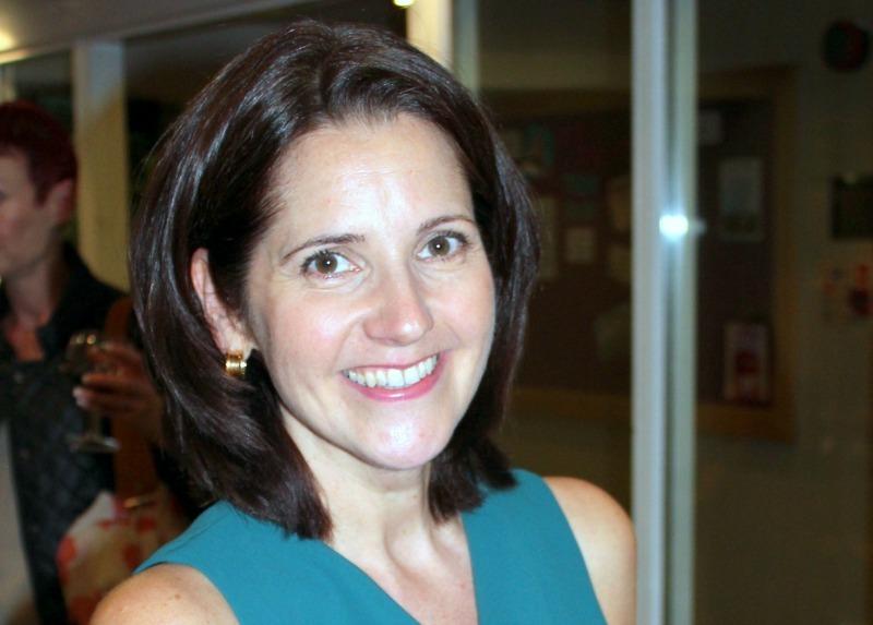 Laura Stephens
