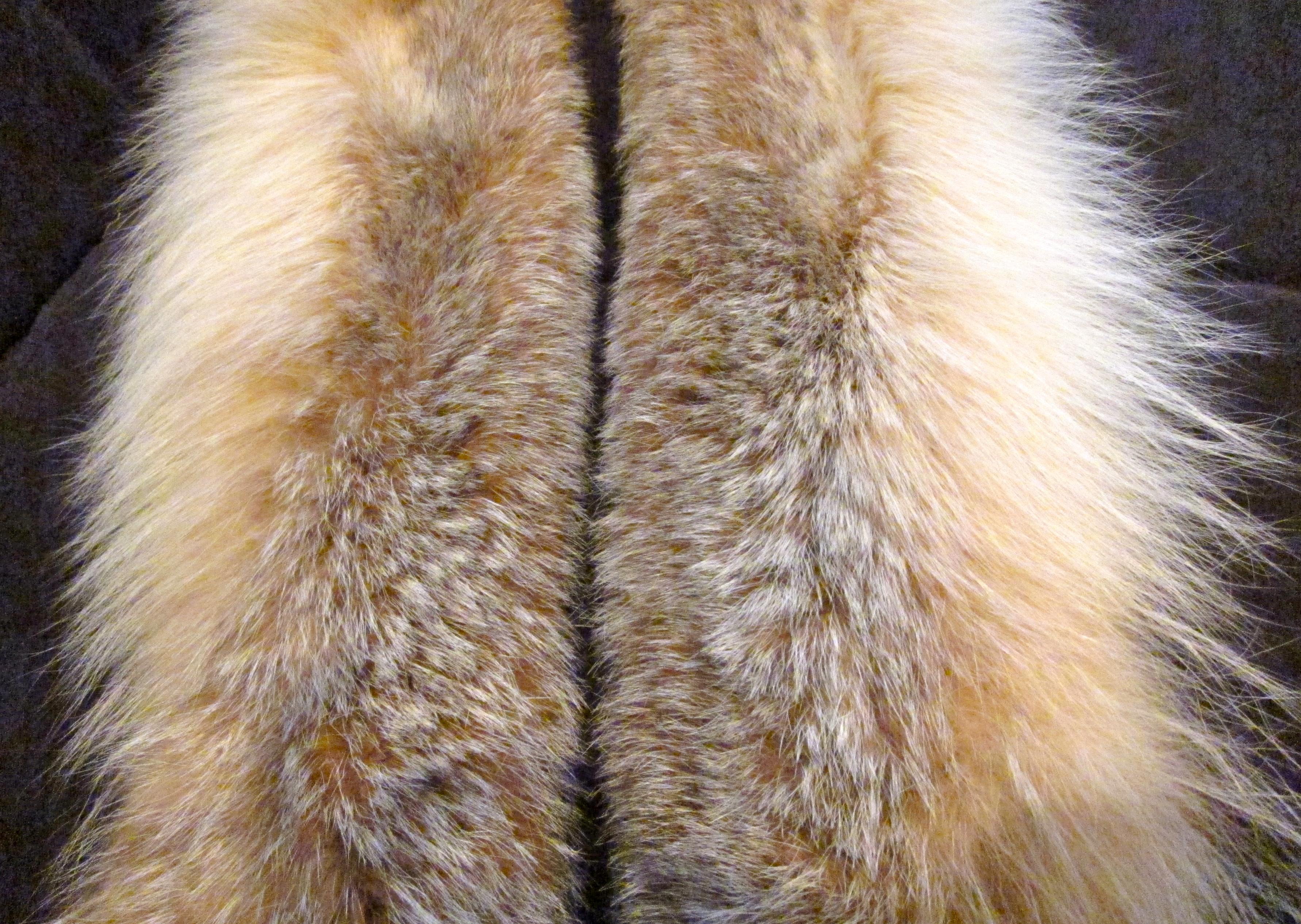 Fluffy Vintage Lynx Fur Collar Repurposed As A Long Fur