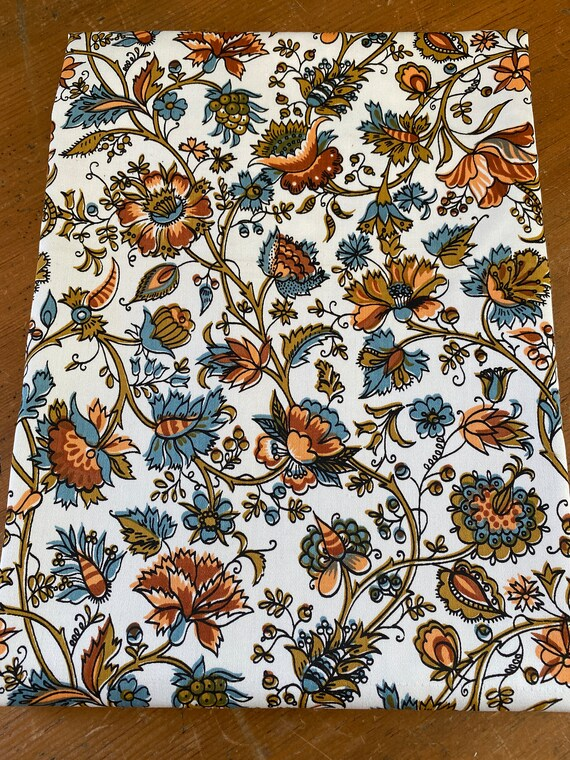 """Vintage 1960s David and Dash """"Richmond on Utopia"""" Floral Fabric Sample"""