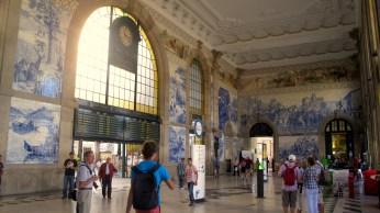 Porto São Bento train station