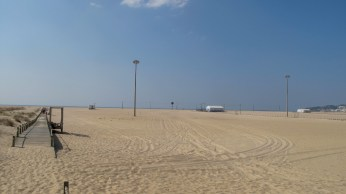 Beach in Figueira da Foz. Quite a way to the Ocean!