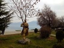 Pogradec: Bronze statue and views of Lake Ohrid