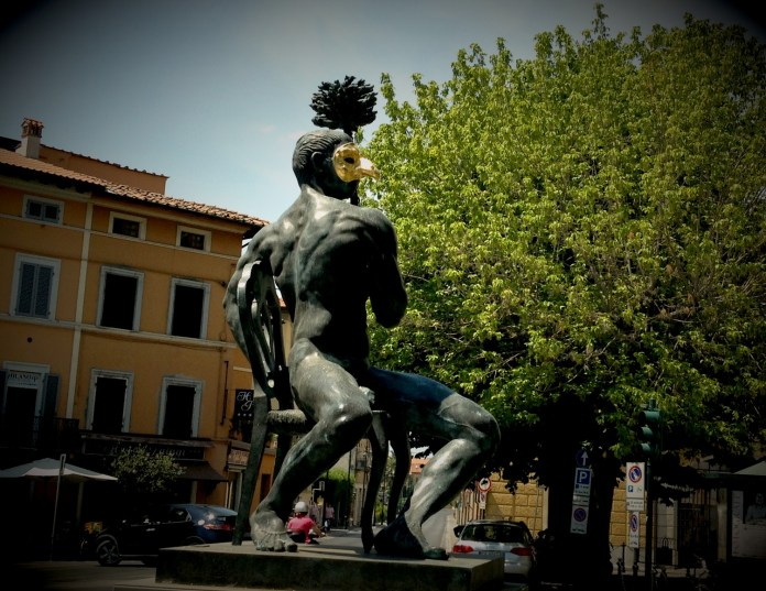 """Like from the """"Eyes wide shut"""", no? Pietrasanta town in Tuscany"""