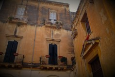 Yellowish walls in Lecce