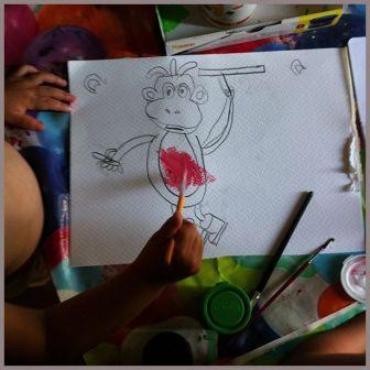 Primeros toques de color con témperas al dibujo