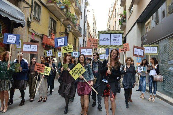 Marcha por la moda Sostenible. Carmen Dorrá al frente