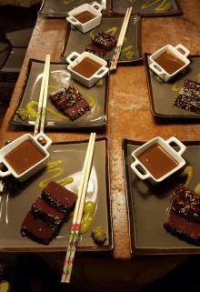 Tataki de frutas con chocolate