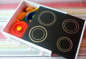 Cocina infantil DIY a partir de una caja de vino