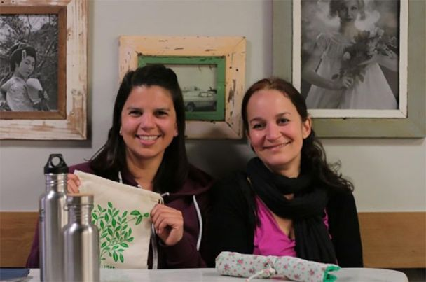 Vaya Consumismo. Alejandra Kopaitic e Yve Ramírez, La Ecocosmopolita