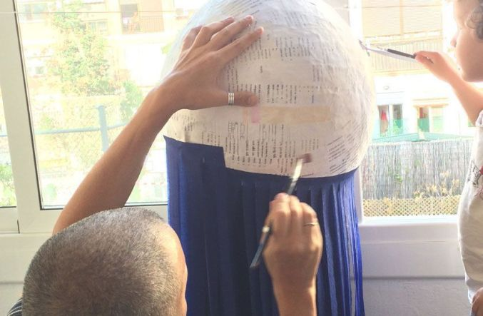 cómo hacer una piñata para un cumpleaños sostenible