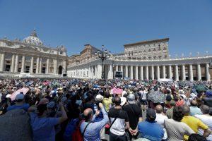 EU devuelve al Vaticano un manuscrito robado de Cristóbal Colón