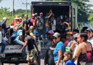 Tras reunión con el vicepresidente de EU, el gobierno mexicano a migrantes cumplir con requisitos para ingresar a su país
