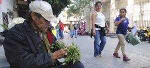 Casi la mitad de la población mundial vive con menos de 5.50 dólares al día: Banco Mundial