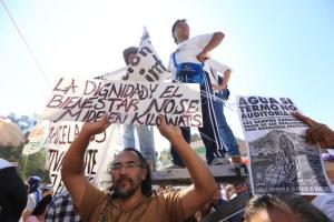 """Achacan asesinato de activista a """"oídos sordos"""" de AMLO"""