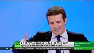 Polémica en España: El PP propone no expulsar migrantes que den en adopción a sus hijos