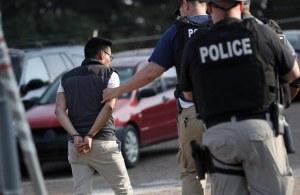 Redadas en plantas de alimentos en Mississippi dejan 680 detenidos