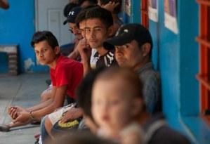 Ya regresaron a sus países cinco mil centroamericanos. Dijeron que fueron llevados a México con engaños, afirma el presidente López Obrador