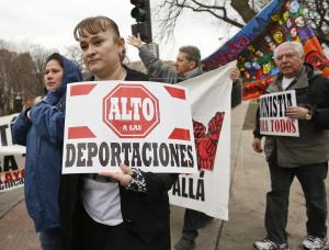 Luego de las elecciones de noviembre, AMLO pedirá al presidente de EU la regularización de los indocumentados mexicanos