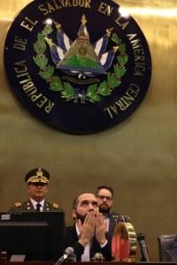 Corte Suprema frena al presidente, policía y ejército salvadoreño. Les exige no realizar acciones anticonstitucionales