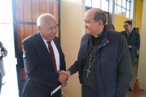 Apoyo oficial mexicano a albergues de la iglesia católica para migrantes
