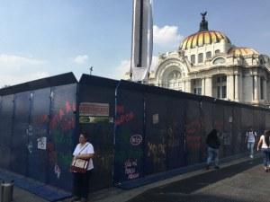 Protestas feministas se extienden en la Ciudad de México este viernes. Piden disculpa a AMLO