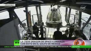 Video: La Crew Dragon con dos astronautas amariza en el golfo de México, tras dos meses en el espacio. Fue la primera misión tripulada privada de la historia