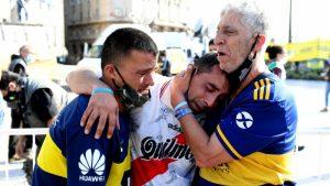 Video: Ultimo adiós del pueblo argentino a Maradona