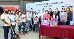 El Gobierno de Guaymas, Sonora, regala palas a las familias para que busquen a sus desaparecidos