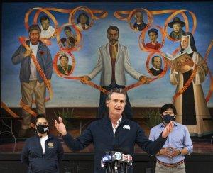 En el Día del Trabajo, sindicalistas, latinos y afroamericanos cierran filas para impedir que el gobernador Newsom sea destituido por ultraconservadores