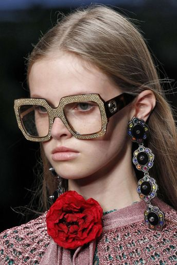 spring-2016-statement-earrings-gucci-h724