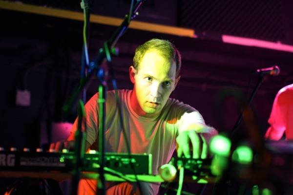 "Caribou lo vuelve a hacer con ""Our love"""
