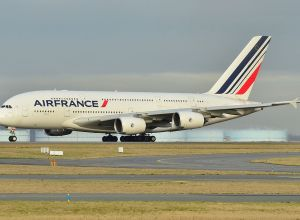 Airbus_A380-800_Air_France_(AFR)_F-HPJE_-_MSN_052